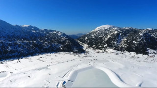 Κρήτη: Πάγωσε η λίμνη στον Ομαλό – Μαγεύουν οι εικόνες από ψηλά