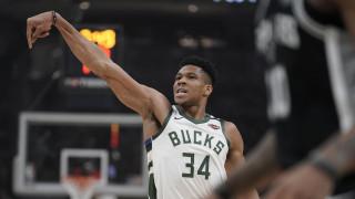 NBA: Ο... σούπερ Γιάννης οδήγησε το Μιλγουόκι στην πέμπτη συνεχόμενη νίκη