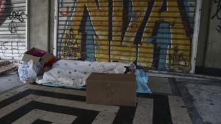 Κακοκαιρία «Ηφαιστίων»: Οι θερμαινόμενοι χώροι στην Αθήνα για τους αστέγους