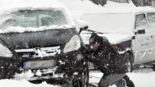 Κακοκαιρία «Ηφαιστίων»: Σοβαρά προβλήματα προκάλεσε η χιονόπτωση στη Θήβα