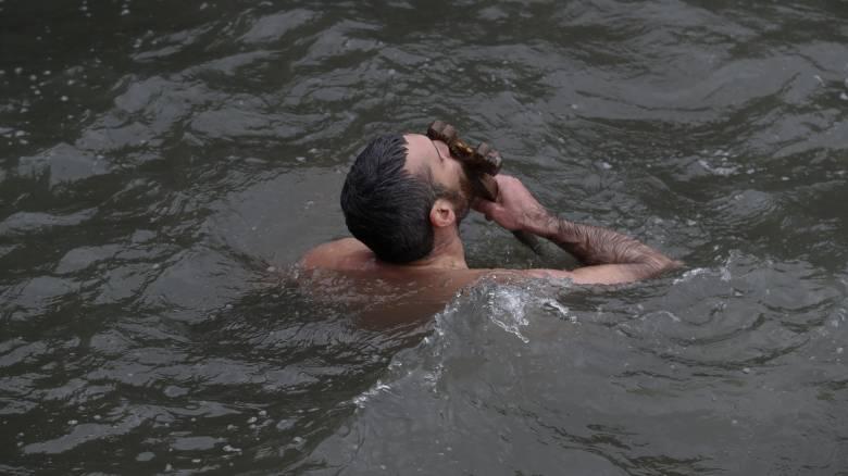 Θεοφάνεια: Αγιασμός των υδάτων στο Φανάρι από τον Οικουμενικό Πατριάρχη