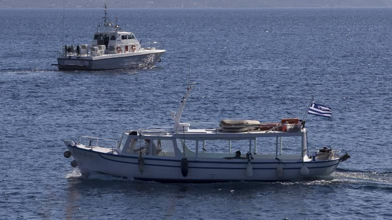 Ακυβέρνητο πλοίο στο Μυρτώο Πέλαγος: Έφυγε ρυμούλκο από Πειραιά