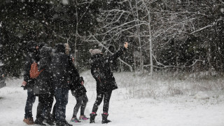 Κακοκαιρία «Ηφαιστίων»: Πώς θα κινηθεί τις επόμενες ώρες – Στα λευκά περιοχές της Αττικής