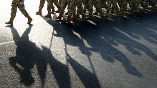 Το ΝΑΤΟ αποσύρει δυνάμεις του από το Ιράκ