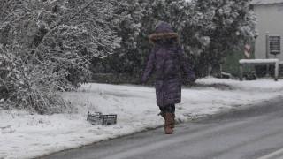 Κακοκαιρία «Ηφαιστίων»: Με τσουχτερό κρύο και χιόνια υποχωρούν τα έντονα φαινόμενα