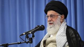 Επίθεση του Ιράν σε βάσεις των ΗΠΑ: Το Ιράν «χαστούκισε» την Αμερική, λέει ο Χαμενεΐ