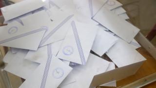 Εκλογικός νόμος: «Όχι» Τσίπρα και Γεννηματά – Το ερώτημα για τις διπλές εκλογές