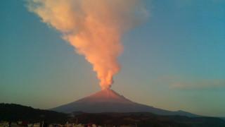 Συγκλονιστικό βίντεο: Η στιγμή της έκρηξης του ηφαιστείου Ποποκατέπετλ