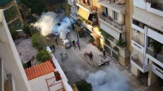 Αντιεξουσιαστές εισέβαλαν στην κατάληψη της οδού Ματρόζου
