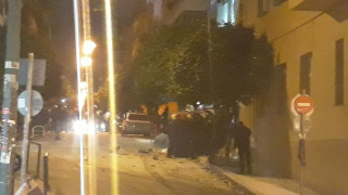 Κουκάκι: Πέντε συλλήψεις μετά την εισβολή της ΕΛ.ΑΣ. στην κατάληψη της Ματρόζου