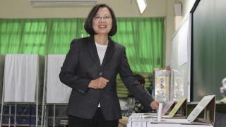 Ταϊβάν: Επανεξελέγη πρόεδρος η Τσάι Ινγκ-Γουέν
