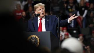 Ο Τραμπ προειδοποιεί το Ιράν για τις διαδηλώσεις