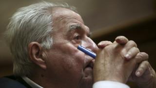 Έσπασαν το αυτοκίνητο του Φλαμπουράρη - Καταγγέλλει ελλιπή φύλαξη ο πρώην υπουργός