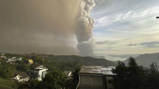 Φιλιππίνες: «Ξύπνησε» το ηφαίστειο Ταάλ - Χιλιάδες κάτοικοι εγκαταλείπουν τα σπίτια τους