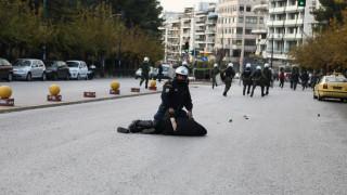 Κουκάκι: Ένταση κατά τη μεταγωγή των συλληφθέντων στην Ευελπίδων