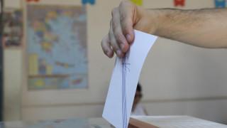 Ο εκλογικός νόμος φέρνει πιο κοντά διπλές κάλπες το φθινόπωρο;