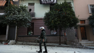 Κουκάκι: Έξι κατηγορίες σε βάρος των 20 συλληφθέντων - Ελεύθερη η κόρη του ηθοποιού