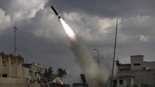 Βομβαρδισμός βάσης των ΗΠΑ στο Ιράκ – Τέσσερις τραυματίες