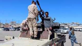Λιβύη: Χαφτάρ και Αλ Σάρατζ υπογράφουν συμφωνία για την κατάπαυση του πυρός