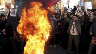 Τεχεράνη: Βίντεο με πυροβολισμούς κοντά σε διαδηλώσεις