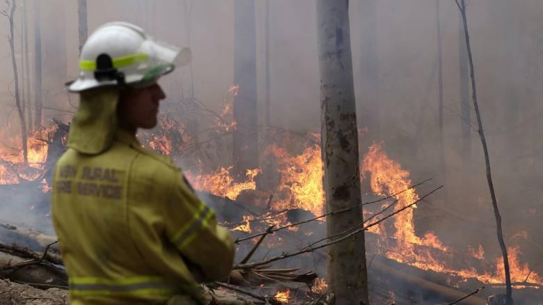 Αυστραλία: Υπό έλεγχο η μεγαλύτερη πυρκαγιά που μαίνεται στη χώρα
