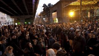 Οργή για την κατάρριψη του αεροσκάφους: Υπό πίεση η ηγεσία της Τεχεράνης