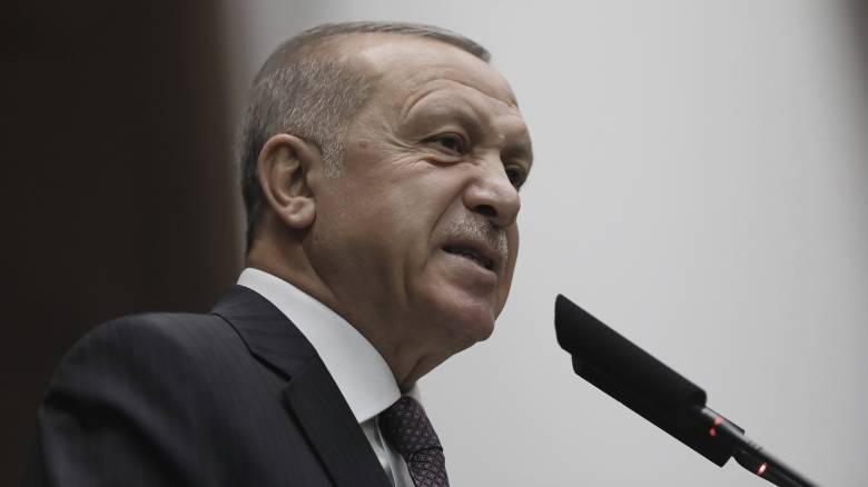 Ερντογάν: Ο Χαφτάρ θα πάρει ένα «μάθημα» αν δεν σταματήσει την επίθεση