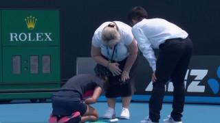 Australian Open: Παίκτρια καταρρέει λόγω δύσπνοιας από τις πυρκαγιές
