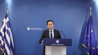 Πέτσας: Μας ξεπερνά το να επιχαίρει ο ΣΥΡΙΖΑ επειδή η Ελλάδα δεν προσεκλήθη στη Διάσκεψη