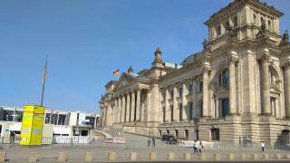 Διάσκεψη Βερολίνου: Αντιδράσεις για την απουσία της Ελλάδας από τη συζήτηση για τη Λιβύη