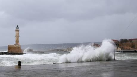 Καιρός: Ισχυροί άνεμοι και βροχές έως και το Σάββατο