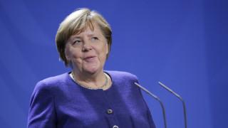 Διάσκεψη Βερολίνου: Πρώτη προτεραιότητα για τη Μέρκελ το εμπάργκο όπλων στην Λιβύη