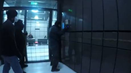 Ο Ρουβίκωνας ανέλαβε την ευθύνη για την επίθεση στα γραφεία εφημερίδων