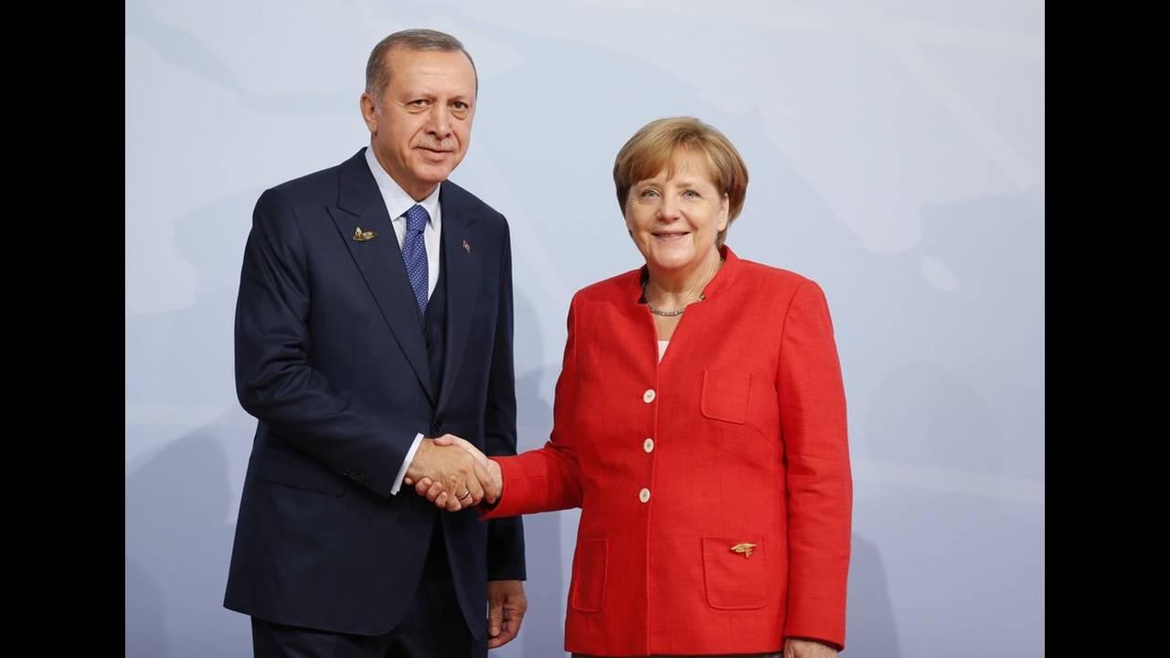 https://cdn.cnngreece.gr/media/news/2020/01/17/204336/photos/snapshot/18204300.jpg