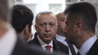 Bild: O Eρντογάν πίσω από τον αποκλεισμό της Ελλάδας από τη Διάσκεψη του Βερολίνου;