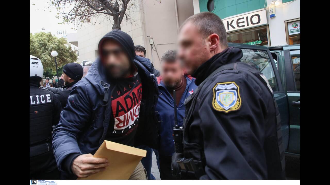 https://cdn.cnngreece.gr/media/news/2020/01/17/204337/photos/snapshot/2817266.jpg
