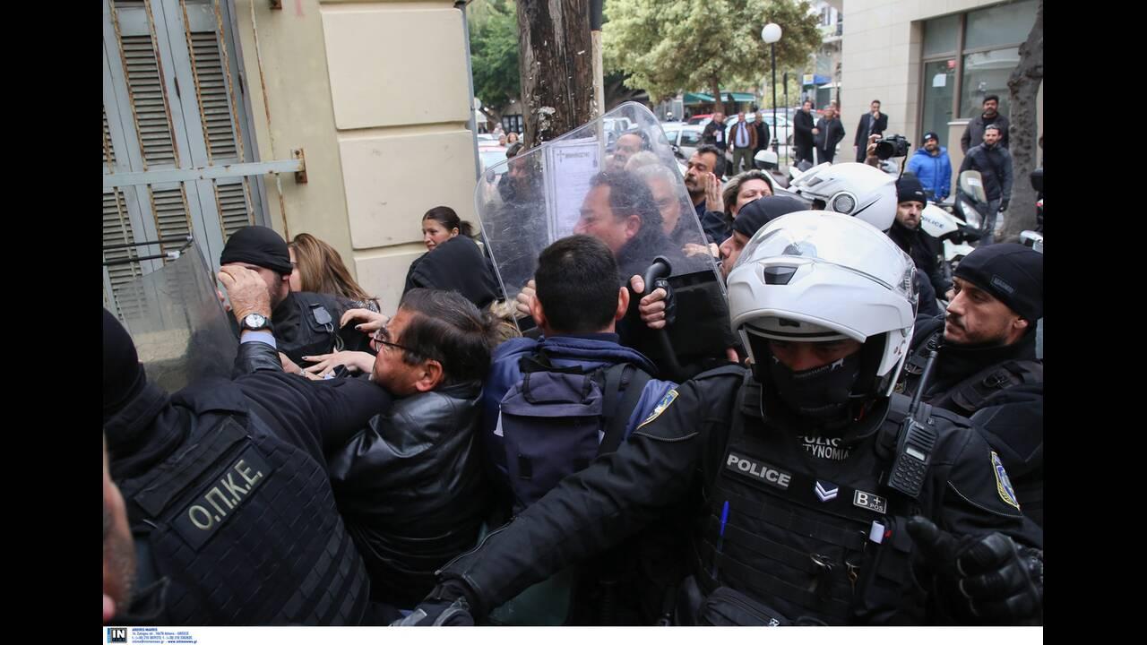 https://cdn.cnngreece.gr/media/news/2020/01/17/204337/photos/snapshot/2817270.jpg