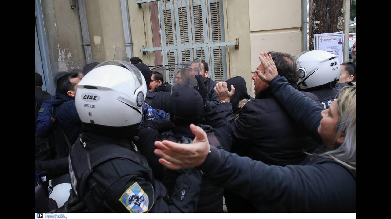 https://cdn.cnngreece.gr/media/news/2020/01/17/204337/photos/snapshot/2817273.jpg