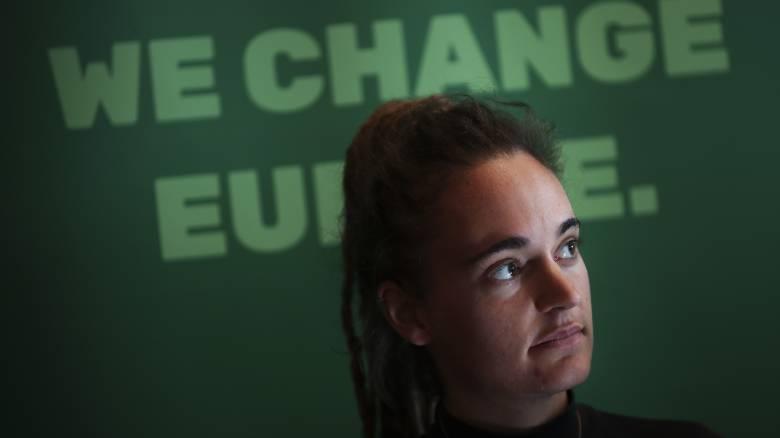 Καρόλα Ρακέτε: Επικυρώθηκε η απελευθέρωση της καπετάνισσας του Sea-Watch 3