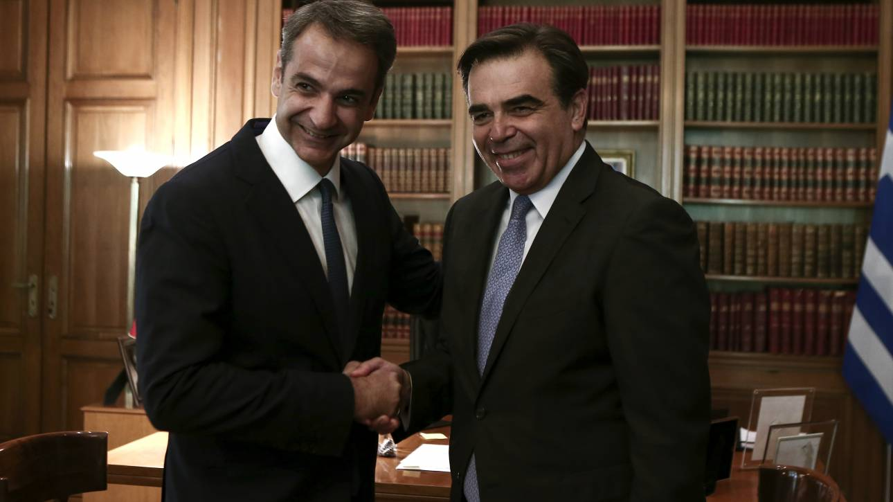 Μητσοτάκης-Σχοινάς συζήτησαν για το σύμφωνο για το άσυλο και τη μετανάστευση