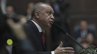 Ερντογάν: Η Ευρώπη θα βρεθεί αντιμέτωπη με νέες απειλές αν πέσει η κυβέρνηση της Λιβύης