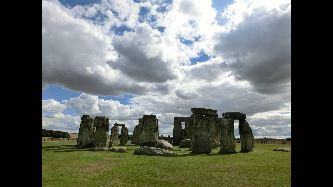https://cdn.cnngreece.gr/media/news/2020/01/19/204526/photos/snapshot/stonehenge-200578_1280.jpg