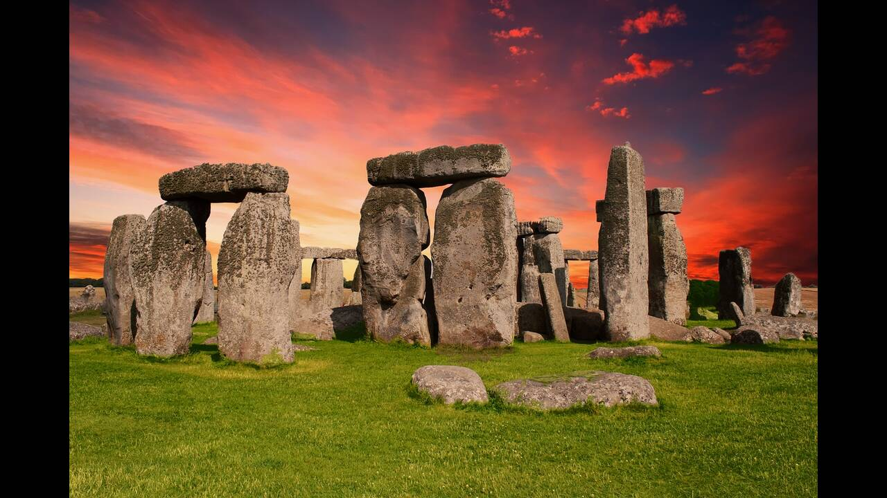 https://cdn.cnngreece.gr/media/news/2020/01/19/204526/photos/snapshot/stonehenge-2326750_1280.jpg
