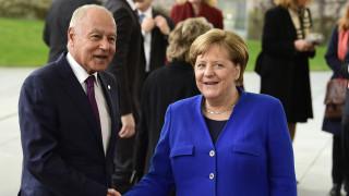 Διάσκεψη Βερολίνου - Αραβικός Σύνδεσμος: Αδύνατη η κατάπαυση του πυρός στην Λιβύη χωρίς αφοπλισμό