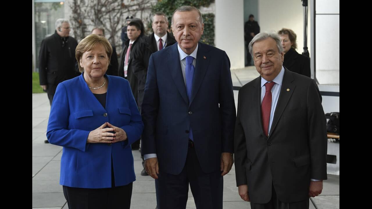 https://cdn.cnngreece.gr/media/news/2020/01/19/204569/photos/snapshot/berlin-summit3.jpg