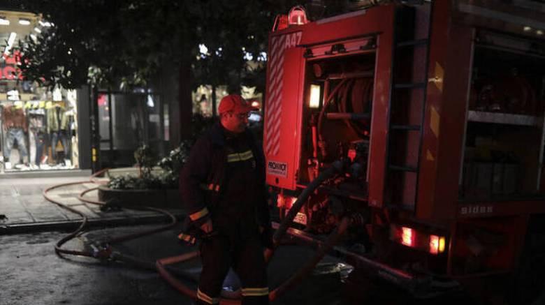 Νύχτα εμπρησμών στην Αττική: Πυρπόλησαν αυτοκίνητα, ΑΤΜ και καφετέρια