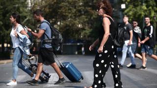 Οι εισπράξεις από τον τουρισμό στήριξαν το ισοζύγιο τρεχουσών συναλλαγών στο 11μηνο 2019