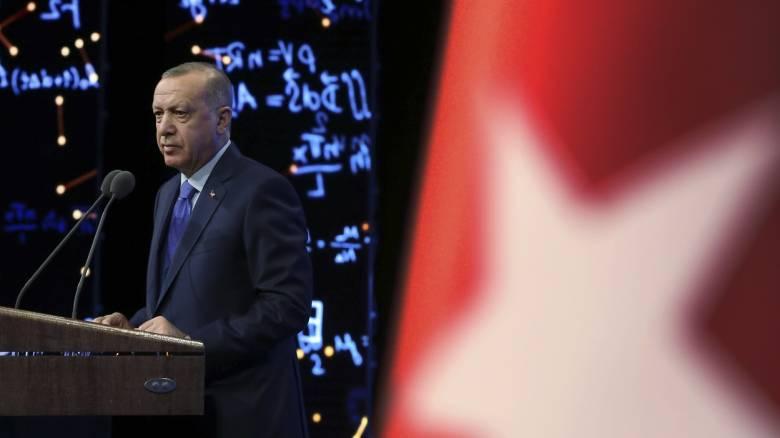 Προκλήσεων συνέχεια από Ερντογάν: «Παραλογισμός» η συμπεριφορά του Μητσοτάκη