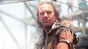 Waterworld (1995). H ταινία που αποτέλεσε κόλαφο για τον Κέβιν Κόσνερ ήταν την εποχή της η ακριβότερη παραγωγή που είχε γυριστεί ποτέ. Τα γυρίσματα, πολλά από τα οποία έγιναν μέσα στο νερό, ήταν πολύ επικίνδυνα και παραλίγο να καταλήξουν στο θάνατο πολλών