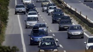 Κίνητρα για αγορά ηλεκτροκίνητων αυτοκινήτων εξετάζει η κυβέρνηση